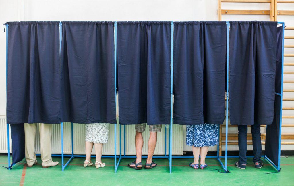 Το δημοψήφισμα είναι ο πιο συμβατός θεσμός προς την αντιπροσωπευτική Δημοκρατία.