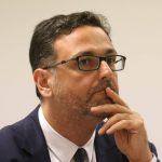 Ο Ακρίτας Καϊδατζής είναι Επίκουρος Καθηγητής στο Αριστοτέλειο Πανεπιστήμιο Θεσσαλονίκης.
