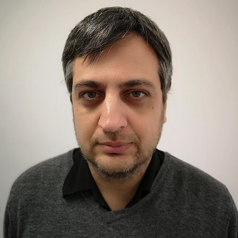 Αλέξανδρος Κεσσόπουλος: Επίκουρος Καθηγητής στο Τμήμα Πολιτικής Επιστήμης του Πανεπιστημίου Κρήτης.