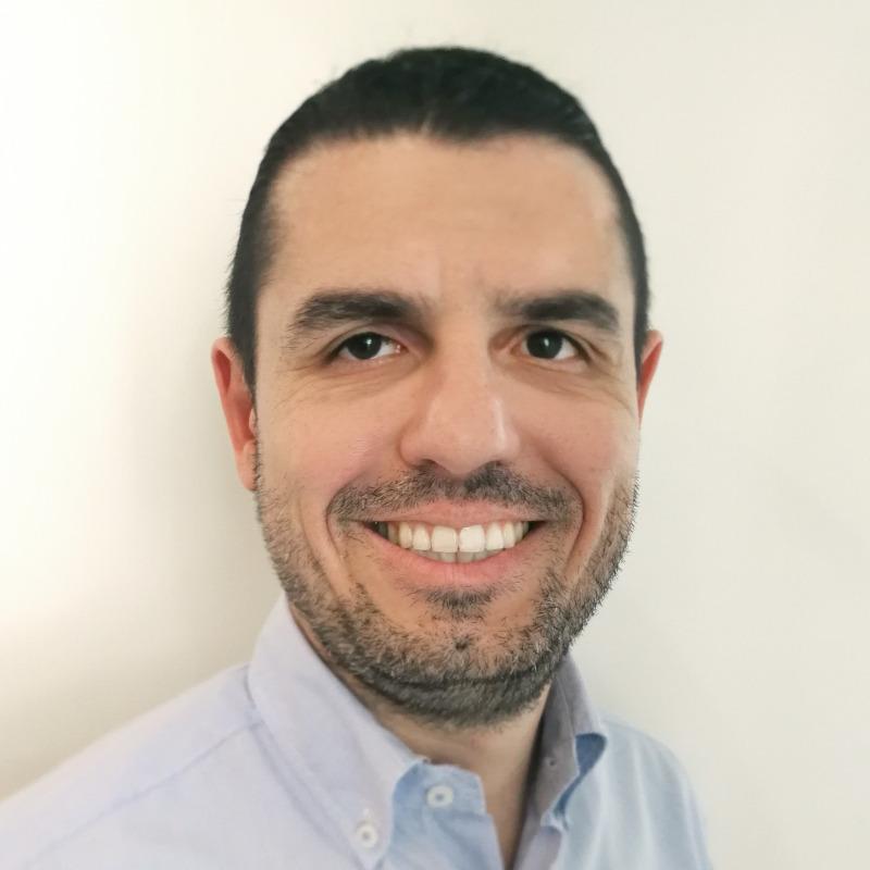 Ο Στέργιος Μήτας διδάσκει ως Λέκτορας στη Νομική Σχολή του Πανεπιστημίου Λευκωσίας.