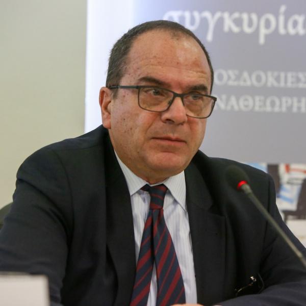 Ο Χρήστος Ν. Ράμμος είναι Επίτιμος Αντιπρόεδρος του Συμβουλίου της Επικρατείας.
