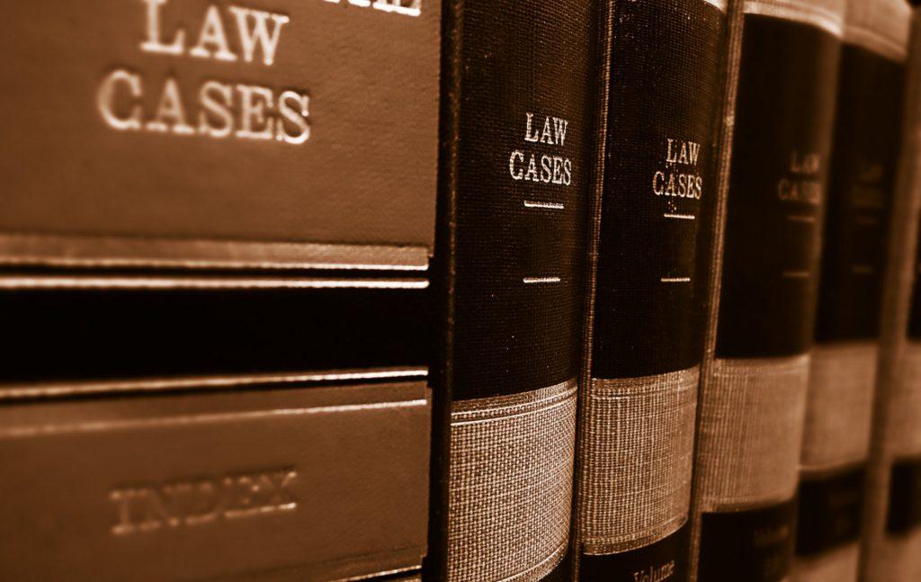 Τα δημοσιονομικά ζητήματα έχουν βρεθεί στο επίκεντρο του δικαστικού ελέγχου τα τελευταία χρόνια με αφορμή την περικοπή μισθών και συντάξεων.