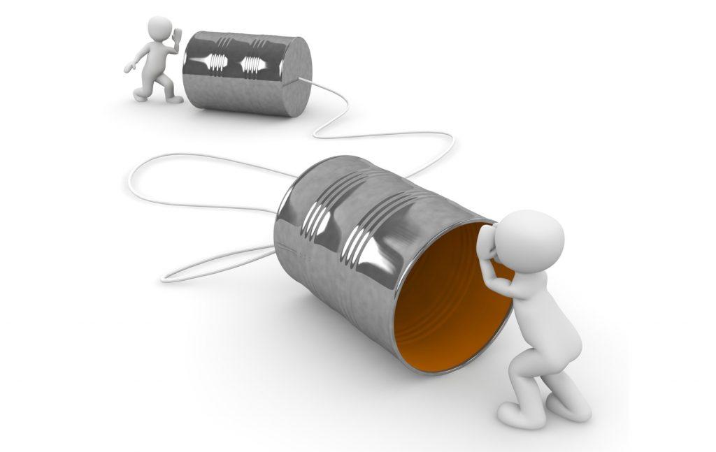 Η πολιτική επικοινωνία συνιστά θεµελιώδες µέσο για τη λειτουργία του δηµοκρατικού πολιτεύµατος.