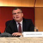 Χαράλαμπος Τσιλιώτης: Έχει διδάξει Συνταγματικό Δίκαιο (Θεμελιώδη δικαιώματα) και Ευρωπαϊκό Συνταγματικό Δίκαιο στο Πάντειο Πανεπιστήμιο και Δημόσιο Δίκαιο σε μεταπτυχιακό πρόγραμμα του ΤΕΙ Πειραιά.