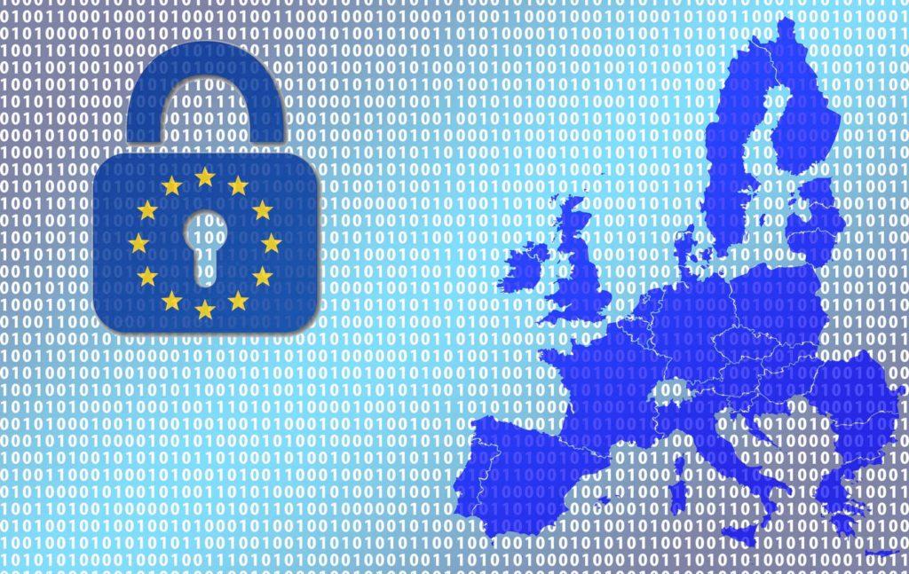 Η Ελλάδα έχει παραπεμφθεί στο Δικαστήριο της Ε.Ε. για την καθυστερημένη ενσωμάτωση της Οδηγίας 680/2016[2], ενώ σε ό,τι αφορά στον GDPR ήταν η τελευταία χώρα χωρίς εθνικά μέτρα εφαρμογής μαζί με τη Σλοβενία.
