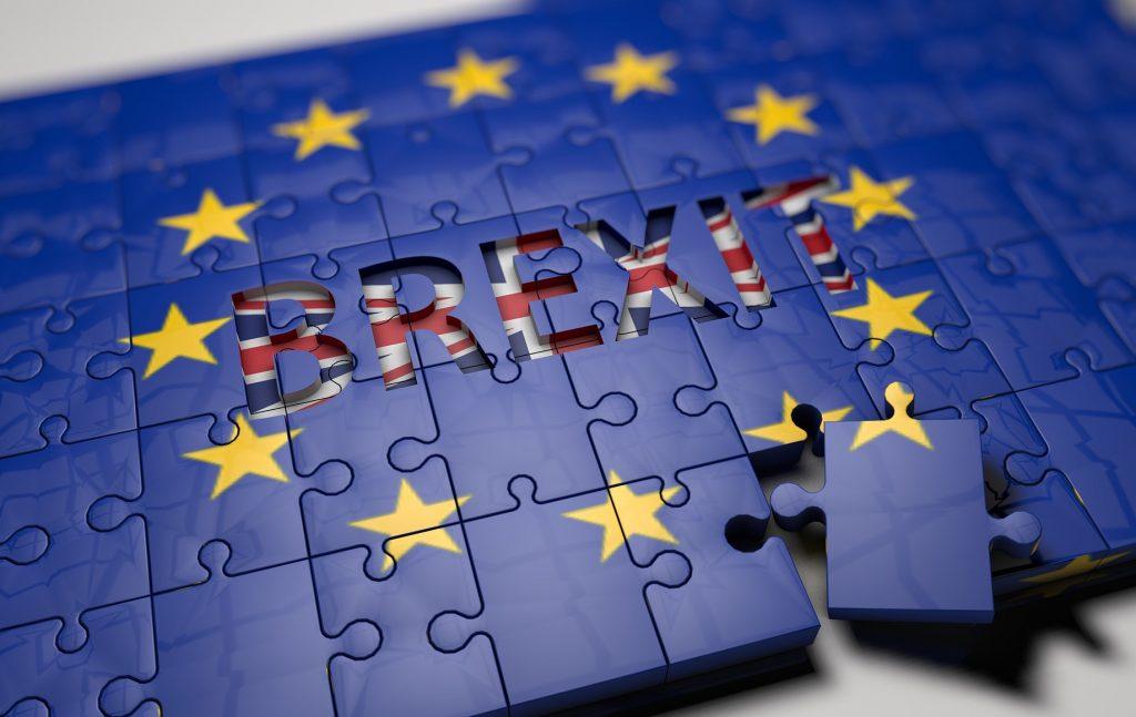 Ως προς την αποχώρηση του Ηνωμένου Βασιλείου από την Ε.Ε. ενδεχομένως και μία παράταση μέχρι 31 Ιανουαρίου 2020 να αποδειχθεί μικρή και να χρειασθεί και άλλη παράταση. Πρέπει, όμως, να καταστεί σαφές ότι δεν είναι καθόλου βέβαιη η έκβαση ενός δεύτερου δημοψηφίσματος.