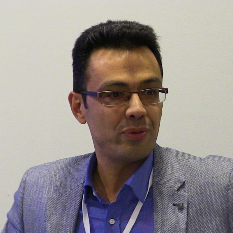 Ο Σωτήριος Κ. Σέρμπος έχει εργαστεί ως ειδικός σύμβουλος/εμπειρογνώμονας στα Υπουργεία Εξωτερικών, Οικονομικών, Εθνικής Άμυνας, Μακεδονίας - Θράκης και στο Κέντρο Ερευνών Ν.Α. Ευρώπης του Πανεπιστημίου Sheffield. Επιπλέον, διαθέτει εμπειρία σε ζητήματα θεσμικών παρεμβάσεων και οργανωτικής αναδιάρθρωσης κυβερνητικών οργάνων στρατηγικού σχεδιασμού.