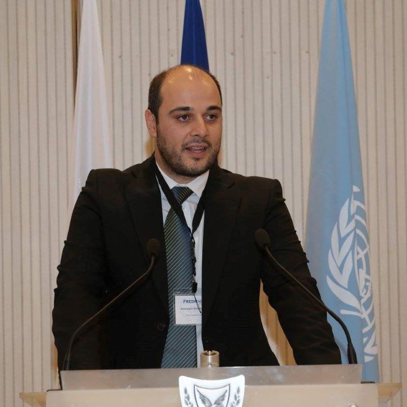Ο Κουρούπης Κωνσταντίνος είναι συγγραφέας βιβλίου και εγχειριδίων σε θέματα προστασίας προσωπικών δεδομένων και αρθρογραφεί σε νομικά περιοδικά και αναγνωρισμένα έντυπα μέσα για συναφή ζητήματα στον τομέα του ευρωπαϊκού δικαίου. Μελέτες του έχουν αναρτηθεί στην ψηφιακή βιβλιοθήκη του Οργανισμού της Ευρωπαϊκής Ένωσης για τη δικαστική συνεργασία στον τομέα της ποινικής δικαιοσύνης (Eurojust).