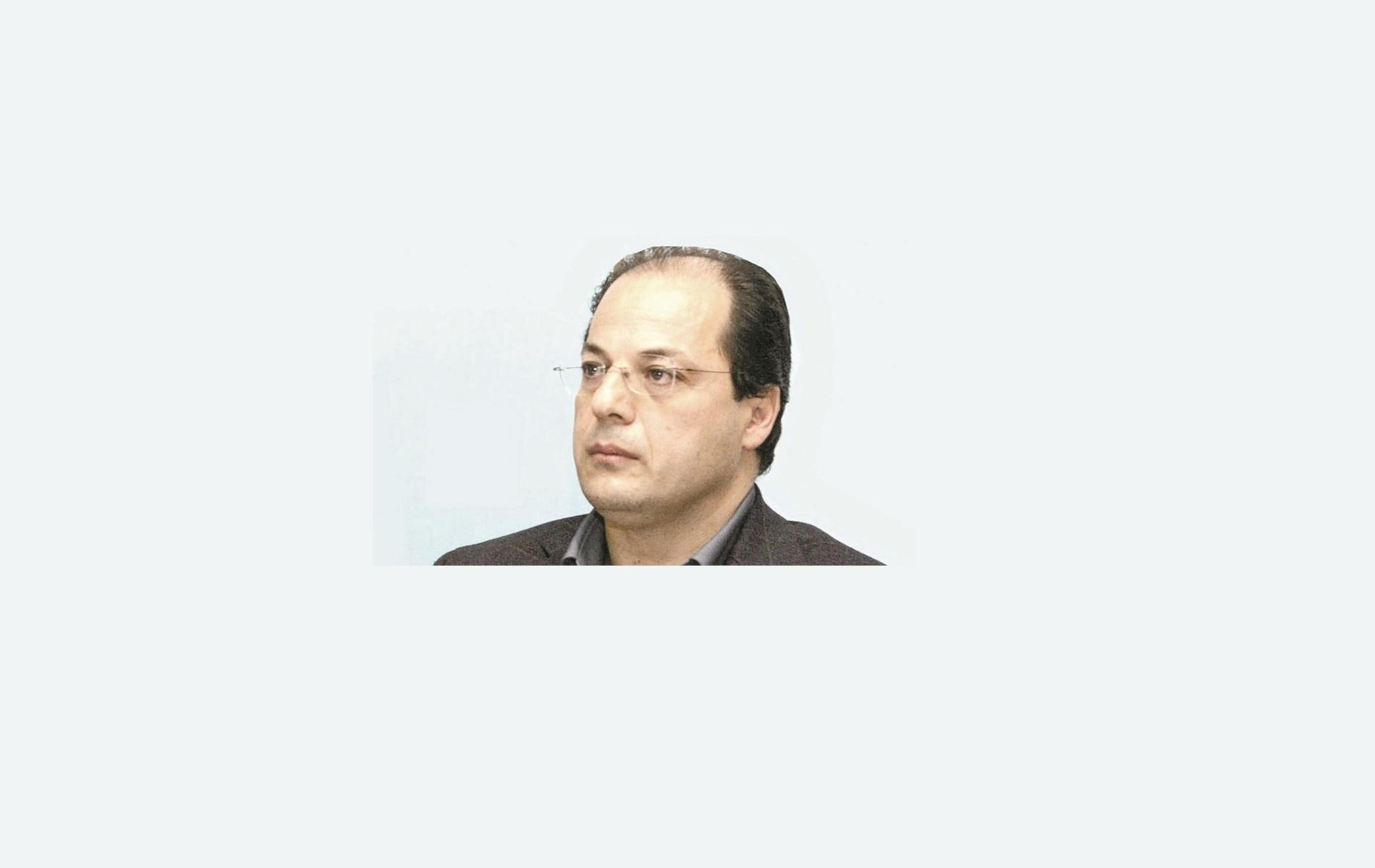 O Γιώργος Χ. Σωτηρέλης από το 2006 είναι καθηγητής Συνταγματικού Δικαίου στο Τμήμα Πολιτικής Επιστήμης και Δημόσιας Διοίκησης του Πανεπιστημίου Αθηνών. Τα ερευνητικά ενδιαφέροντα και το διδακτικό του έργο καλύπτουν όλο το φάσμα του Συνταγματικού Δικαίου (οργάνωση του κράτους, θεμελιώδη δικαιώματα, συνταγματική ιστορία).