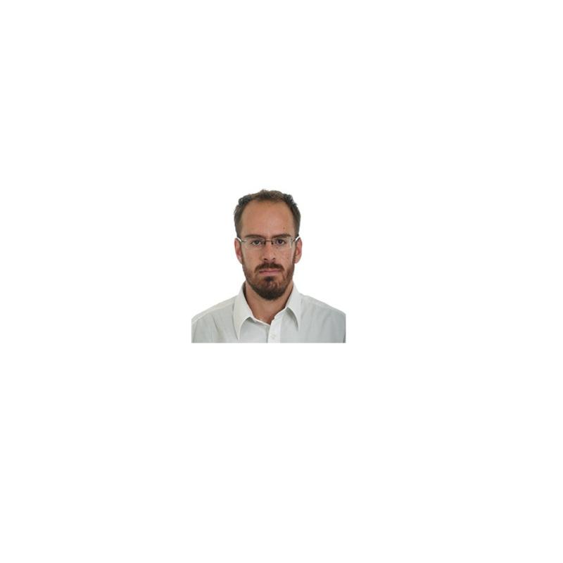 Ο Γιώργος Γερανάκης είναι νέος Δικηγόρος. Γεννήθηκε το 1990 στην Αθήνα. Είναι απόφοιτος της Νομικής Σχολής του Αριστοτέλειου Πανεπιστημίου Θεσσαλονίκης. Έχει εργαστεί ως Ασκούμενος Δικηγόρος σε Δικηγορικό Γραφείο αλλά και στην Γενική Διεύθυνση Διοίκησης Δικαιοσύνης, Διαφάνειας και Ανθρώπινων Δικαιωμάτων του Υπουργείου Δικαιοσύνης και ως Δικηγόρος σε Δικηγορικό Γραφείο.