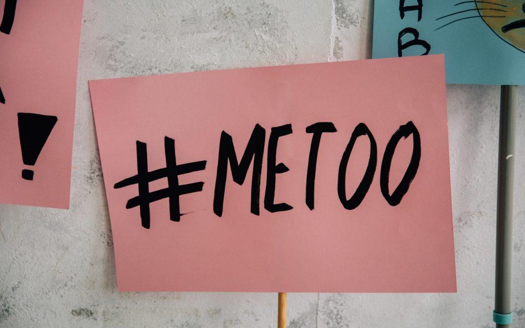 Έφη Μπέκου-Σεξουαλική Παρενόχληση - Βία